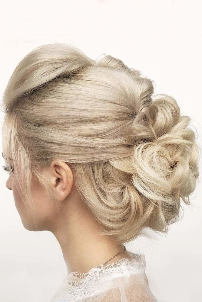 Soft, Low Curly Updo Blonde #mediumhair #updos